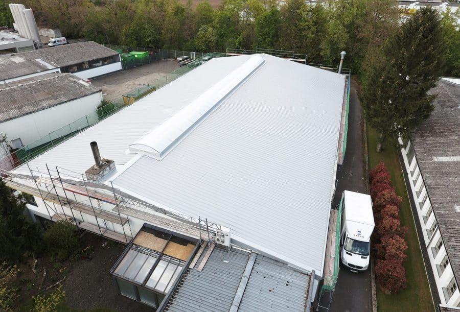 Asbestsaniertes Dach von oben