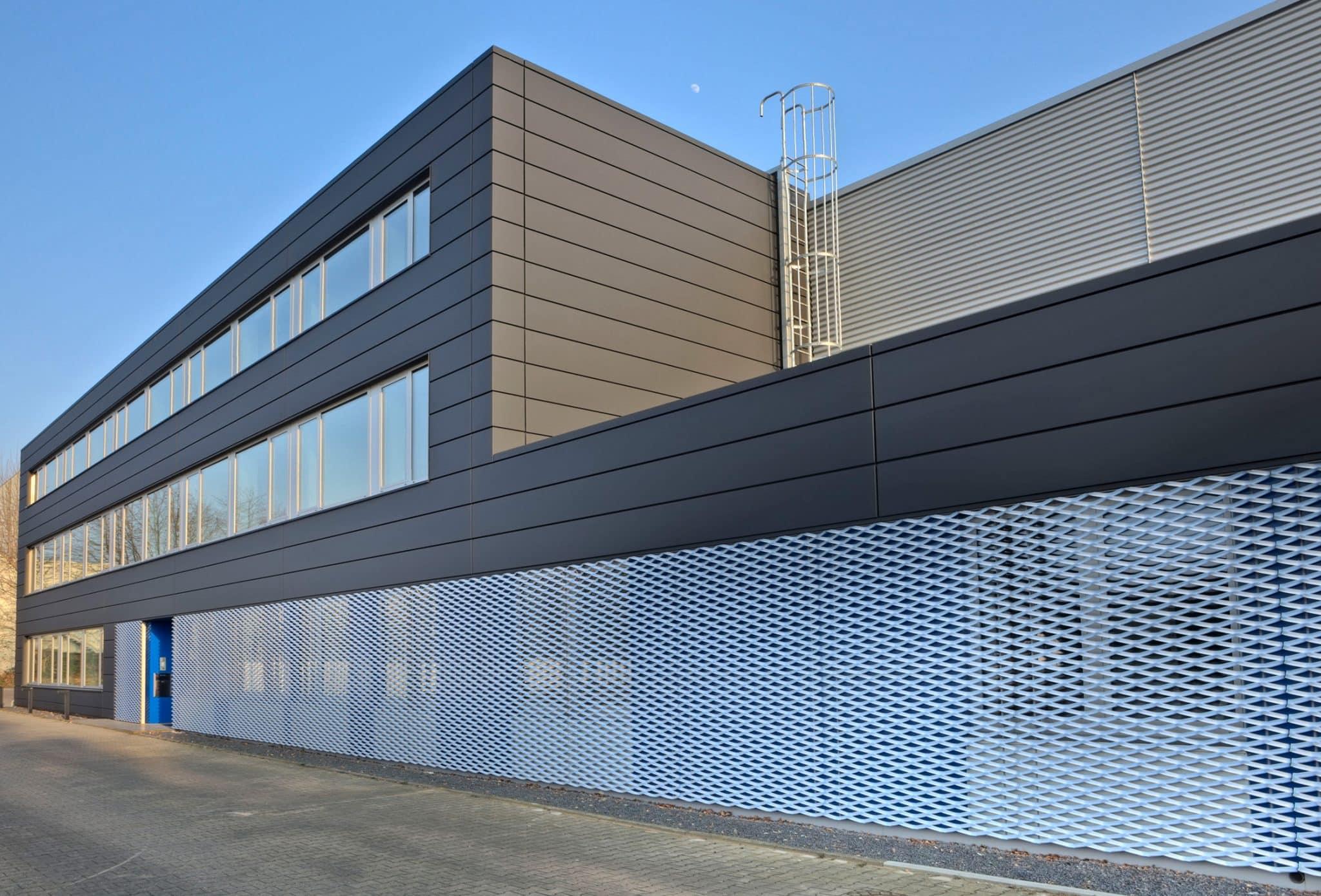 DTG in Niederzier Fassaden- und Hallensanierung