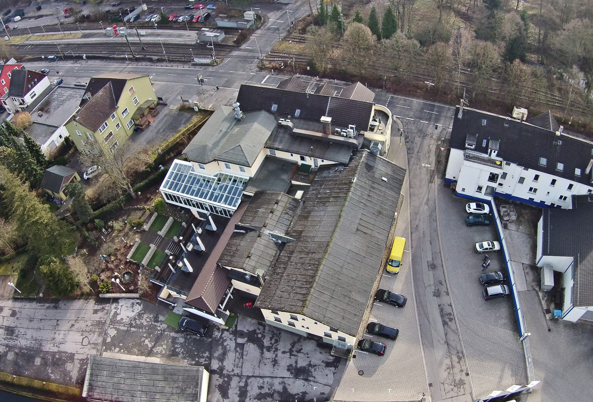 Hostel in Köln, Aufstockung eines Parkhauses